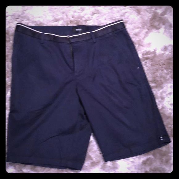 e947a89b0 Hugo Boss Other - Men's Hugo Boss Clyde Regular fit Navy Shorts